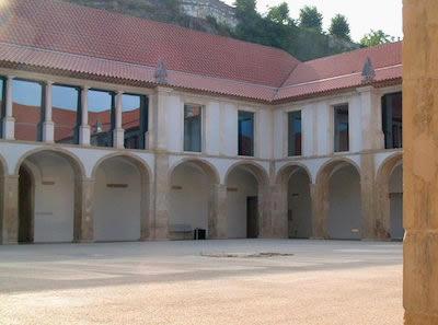Cloister of Convento de S. Francisco